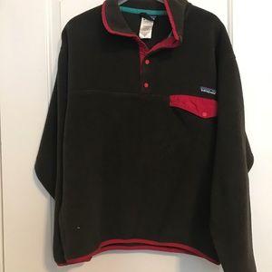 Men's Medium Patagonia pullover